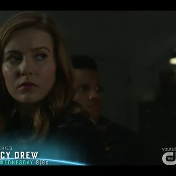 Nancy Drew S01E07 The Tale of the Fallen Sea Queen