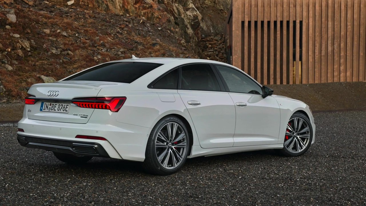 Electrifying Full Size Sedan The Audi A6 55 Tfsi E Quattro Video Dailymotion