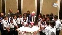 ब्रिटेन के प्रिंस चार्ल्स ने ताज होटल में 20 स्कूली बच्चों के साथ मनाया 71वां जन्मदिन