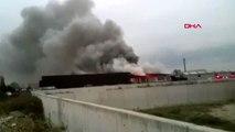 Sakarya geri dönüşüm fabrikasında yangın 3