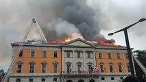 La mairie d'Annecy en feu 1