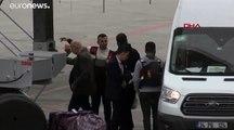 """شاهد: تركيا ترحل سبعة من مقاتلي """"الدولة الإسلامية"""" بينهم طفل الى برلين"""
