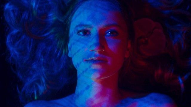 Inside the Rain Movie - Bipolar Comedy