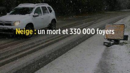 Neige : un mort et 330 000 foyers privés d'électricité