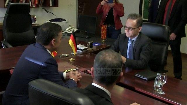 Shkup/ Ministri i Jashtëm gjerman: Maqedonia meriton negociatat. Dimitrov: Na ndani nga Shqipëria