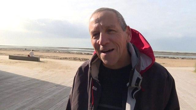Turizëm prej kokainës/ Në plazhet franceze ku droga doli në breg shkojnë shumë njerëz