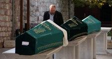 Bakırköy'de siyanür ile yaşamlarına son veren aile defnedildi