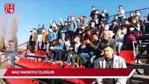 Kütahya'da futbol maçını maske takarak protesto ettiler.
