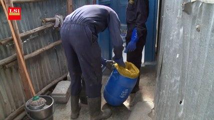 Kenya : une société installe des toilettes sèches dans les bidonvilles de Nairobi