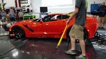 Ce mécanicien va avoir très chaud en réparant cette ZR1 Corvette Dyno