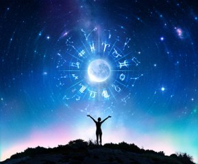 Diese Merkmale zeigen, dass du ein Astrologie-Fan bist