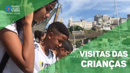 Crianças visitam barco da Transat Jacques Vabre