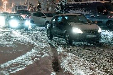 ¿Qué equipo debe tener tu auto para afrontar el invierno?