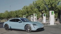 Porsche Taycan 4S - Charger demonstration