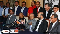 LIVE : Sidang akhbar Mahathir Mohamad selepas mempengerusikan mesyuarat Majlis Tertinggi Parti Bersatu