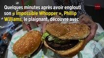 Son burger végan cuit sur le même gril que du bœuf, il attaque Burger King