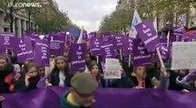 Μεγάλες πορείες σε όλη την Ευρώπη - «Όχι στη βία κατά των γυναικών»