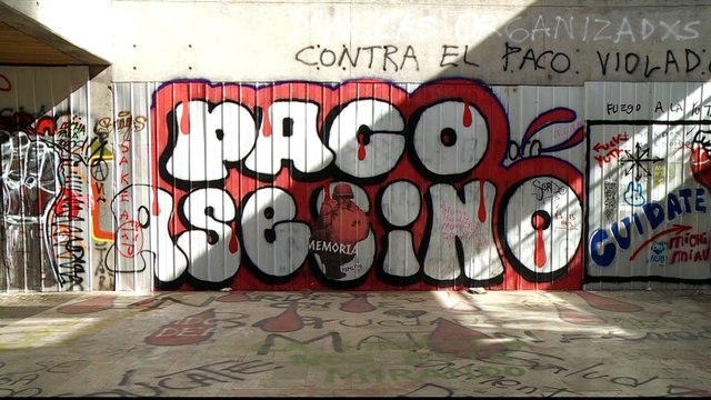 Chile unrest: Graffiti used to express rage