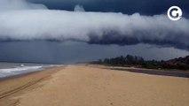 Nuvem chama atenção no litoral Sul do ES em Marataízes