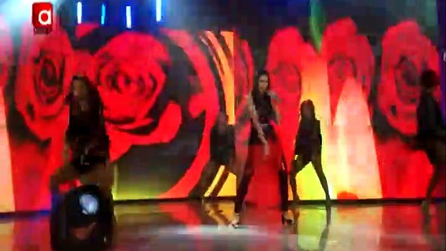 BTS EXCLUSIVE: Oooh La La! Supah Hot Concert Treat from SARAH Geronimo with Enchong Dee