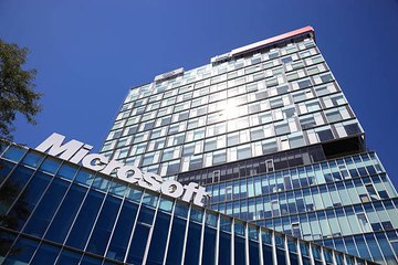 A 4-Day Workweek? Microsoft Tested It And Productivity Increased 40%