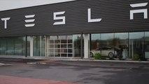 Tesla Cybertruck Receives Over 200,000 Orders