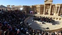 السياحة السوداء لمشاهير على أنقاض المدن المدمرة في سوريا