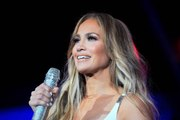 Jennifer Lopez's Curly Bob Is the Ultimate Holiday Party Hairstyle
