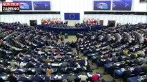 Yannick Jadot fait le buzz après un hommage raté au Parlement européen (vidéo)