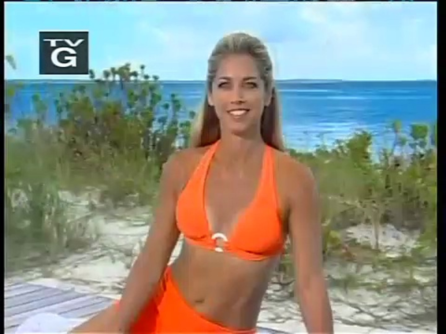 Denise Austin's Daily Workout Orange Top and Orange Shorts
