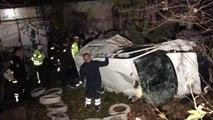 Evin bahçesine düşen kamyonetteki iki kişi yaralandı