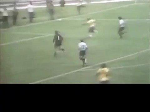 Le dribble mythique de Pelé avec le Brésil
