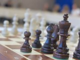 VIDÉO. Poitiers : la leçon d'échecs du Grand maître international Romain Édouard