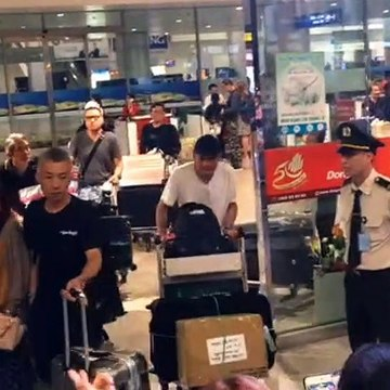 Dàn sao Running Man có mặt tại Sân bay Tân Sơn Nhất TPHCM