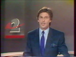 Antenne 2 - 11 Octobre 1988 - Teaser, pubs, speakerine (Virginia Crespeau), début JT Nuit (Henri Sannier)