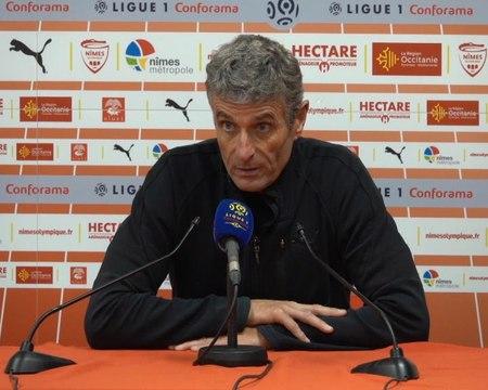 """FOOTBALL: Ligue 1: 17e j. - Blaquart : """"Le premier rouge aurait pu être un jaune et il n'y a jamais penalty"""""""