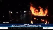 Diduga Korsleting, Mobil Terbakar di Tol Jakarta-Tangerang