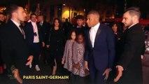 Kylian Mbappé impitoyable sur le tapis rouge du Ballon d'Or