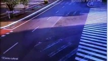 Vídeo mostra ônibus invadindo rodoviária de Corbélia