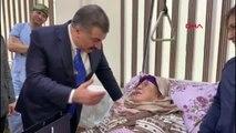 Sağlık bakanı koca, özbek hastaları ziyaret etti