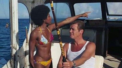 James Bond Live and Let Die Clip