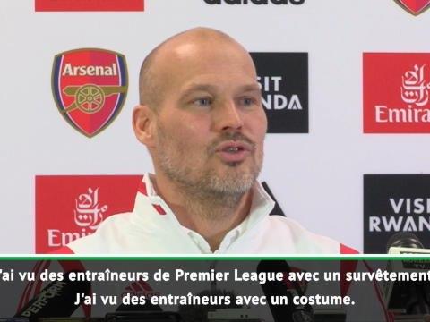 """Arsenal - Ljungberg répond à Scholes : """"Mon costume était au pressing !"""""""