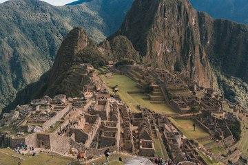 Les sites menacés par le tourisme de masse : les autorités réagissent