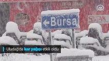 Uludağ'da kar yağışı etkili oldu