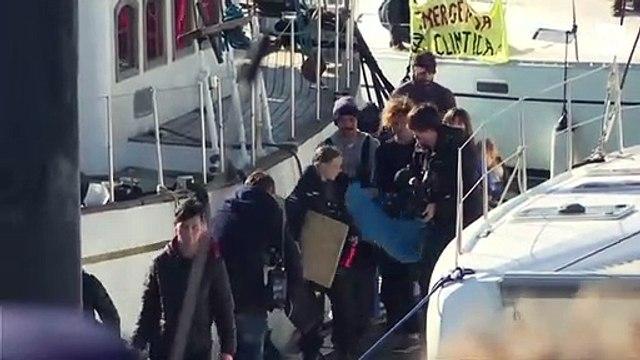 Greta Thunberg arrives in Lisbon by catamaran