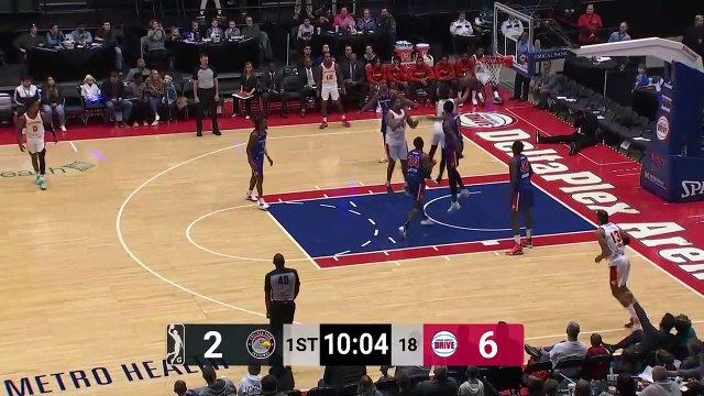 Charles Brown (15 points) Highlights vs. Grand Rapids Drive