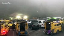 Thai tourists flock to mountain that covered by a sea of mist due to cold weather spells