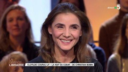 """Clotilde Courau lit """"La nuit du cœur"""" de Christian Bobin"""