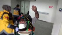 Aksaray ıkı otomobıl carpıstı 1 agır 6 yaralı