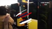 İstanbul'da feci kaza! İki metrobüs birbirine girdi